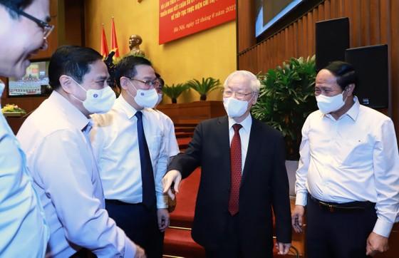 Tổng Bí thư Nguyễn Phú Trọng: Cán bộ, đảng viên phải suy nghĩ, hành động vì lợi ích chung, vì hạnh phúc của nhân dân ảnh 4
