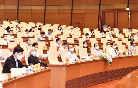 Tổng Bí thư Nguyễn Phú Trọng: Cán bộ, đảng viên phải suy nghĩ, hành động vì lợi ích chung, vì hạnh phúc của nhân dân ảnh 6