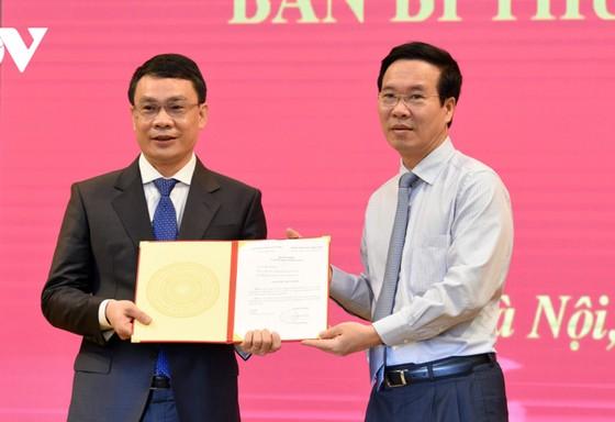 Bộ Chính trị điều động Bí thư Tỉnh ủy Lạng Sơn làm Phó Chánh Văn phòng Trung ương Đảng  ảnh 2