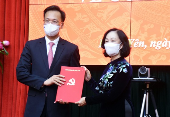 Bộ Chính trị điều động Bí thư Tỉnh ủy Lạng Sơn làm Phó Chánh Văn phòng Trung ương Đảng  ảnh 3