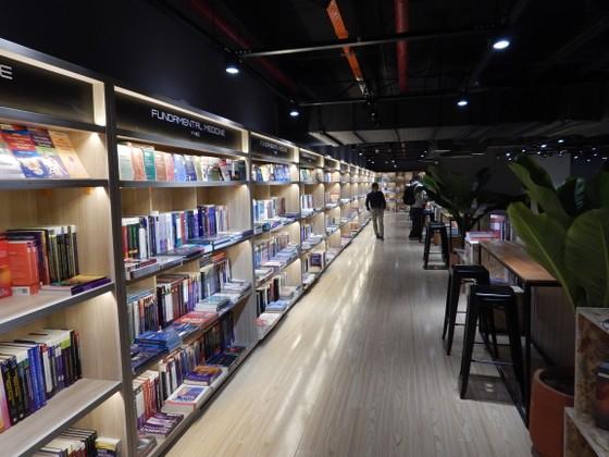 Ngỡ ngàng vẻ đẹp của TP sách châu Âu vừa đến với bạn đọc TP Hồ Chí Minh ảnh 6
