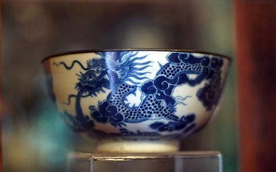 Đồ sứ ký kiểu thời Nguyễn - Dấu xưa một thuở! ảnh 1