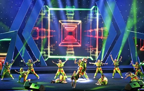 Tưng bừng Liên hoan nhóm nhảy TPHCM 'Sức bật tuổi trẻ' ảnh 3