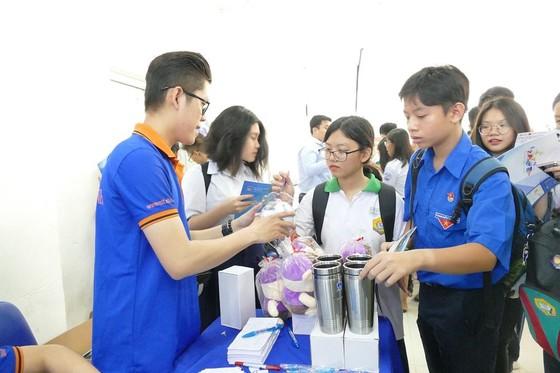 3.000 học sinh tham dự ngày hội 'Học sinh Thành phố Bác' ảnh 1