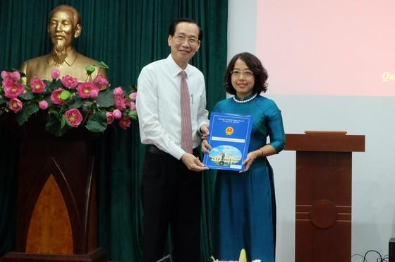 Bà Mai Thị Hồng Hoa làm Phó Chủ tịch UBND quận 1 ảnh 1