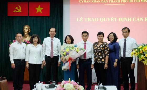 Bà Mai Thị Hồng Hoa làm Phó Chủ tịch UBND quận 1 ảnh 2