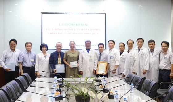 Bệnh viện Chợ Rẫy đón nhận chứng nhận ISO 9001:2015 ảnh 1