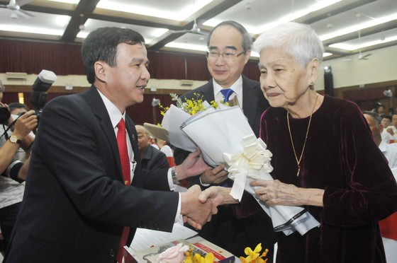 Giáo sư Nguyễn Thiện Thành - Người chiến sĩ, người thầy thuốc anh hùng ảnh 1