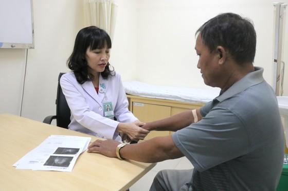 0,5% dân số Việt Nam mắc viêm khớp dạng thấp ảnh 2