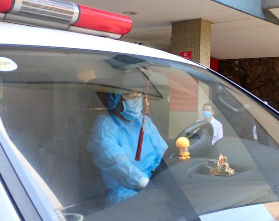 Diễn tập 2 tình huống khẩn cấp tiếp nhận bệnh nhân nhiễm virus Corona ảnh 4