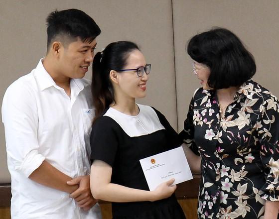 Phó Chủ tịch nước Đặng Thị Ngọc Thịnh thăm hai bé song sinh Trúc Nhi – Diệu Nhi ảnh 7