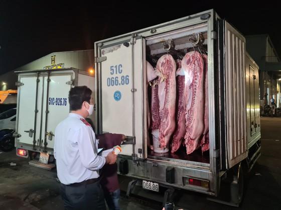 Trắng đêm kiểm tra an toàn thực phẩm phục vụ tết ảnh 2
