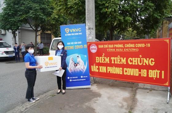 Sáng 8-3, triển khai những mũi tiêm vaccine ngừa Covid-19 đầu tiên tại TPHCM, Hà Nội và Hải Dương ảnh 12
