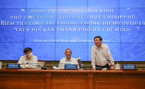 Phó Thủ tướng thường trực Trương Hòa Bình: TPHCM cần kiên trì chống dịch, không lơ là, mất cảnh giác ảnh 2