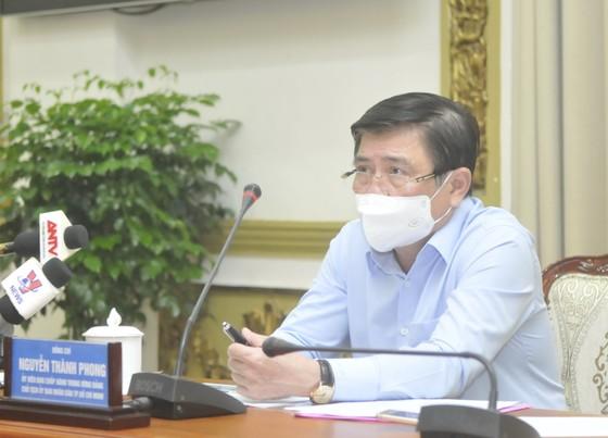 Nơi nào để xảy ra dịch bệnh do chủ quan, người đứng đầu phải chịu trách nhiệm trước UBND TPHCM ảnh 1