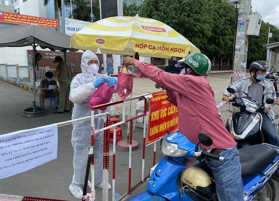 Phong tỏa Bệnh viện quận Tân Phú khi phát hiện hội viên Hội thánh truyền giáo Phục Hưng đến khám bệnh ảnh 4