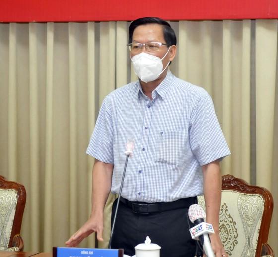 Phó Thủ tướng Thường trực Trương Hòa Bình: Thực hiện quyết liệt các giải pháp để cuối tháng 7, dịch Covid-19 ở TPHCM phải giảm sâu ảnh 3