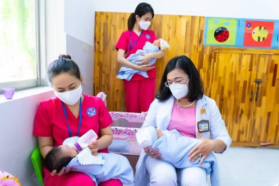 TPHCM: Khánh thành trung tâm chăm sóc trẻ sơ sinh có mẹ mắc Covid-19 ảnh 3