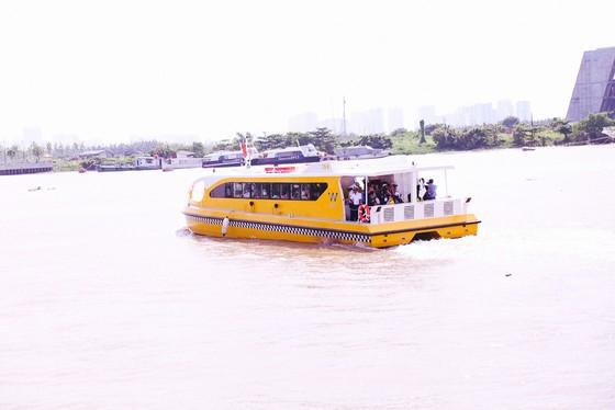 Buýt sông chính thức hạ thủy vận hành kỹ thuật ảnh 2