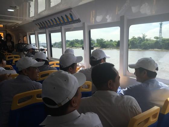 Buýt sông chính thức hạ thủy vận hành kỹ thuật ảnh 10