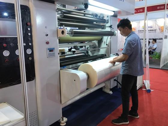 Hơn 500 nhà cung cấp tham dự triển lãm ngành cao su, nhựa ảnh 2