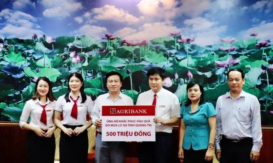 Agribank dành 3 tỷ đồng hỗ trợ đồng bào 6 tỉnh khu vực miền Trung khắc phục thiên tai ảnh 1