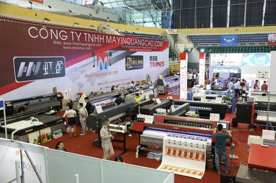 Hơn 180 gian hàng trưng bày Triển lãm Quốc tế Thiết bị và Công nghệ Quảng cáo ảnh 1
