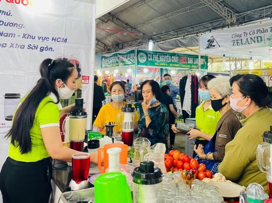 Khai mạc hội chợ xuân quận Tân Bình ảnh 1