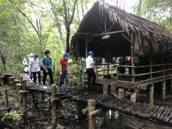 TPHCM tổ chức tour du lịch Cần Giờ tri ân đội ngũ y tế tuyến đầu phòng, chống dịch ảnh 2