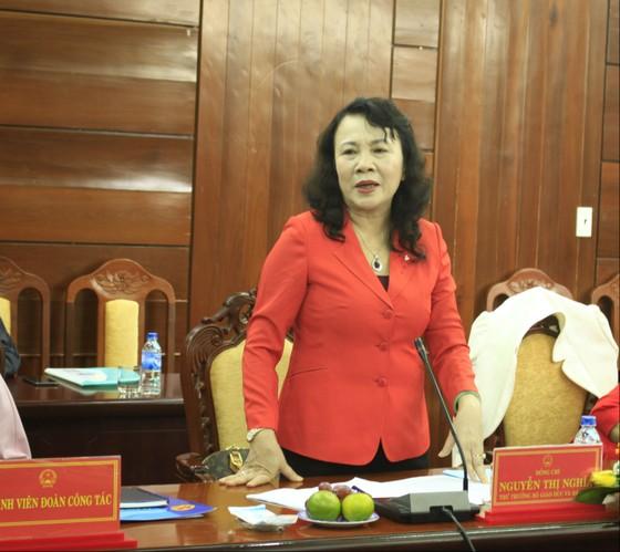 Thứ trưởng Nguyễn Thị Nghĩa kiểm tra các cơ sở giáo dục mầm non tại khu công nghiệp Quảng Ngãi ảnh 2