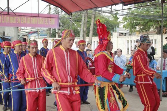 Quảng Ngãi: Lễ hội cầu ngư và ra quân đánh bắt đầu năm ảnh 5