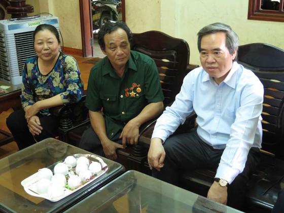 Trưởng ban Kinh tế Trung ương thăm Trung tâm Võ Hồng Sơn ảnh 3
