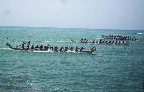 Lễ khao lề thế lính Hoàng Sa trên đảo Lý Sơn (Quảng Ngãi) ảnh 10