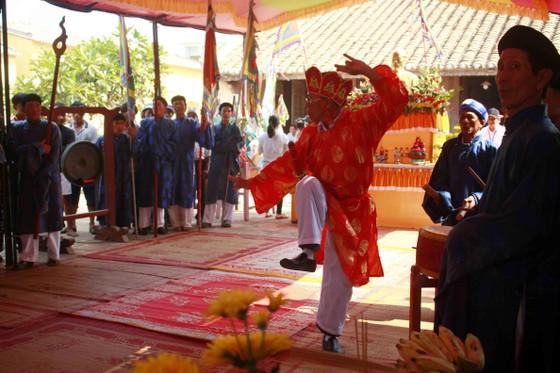 Lễ khao lề thế lính Hoàng Sa trên đảo Lý Sơn (Quảng Ngãi) ảnh 3