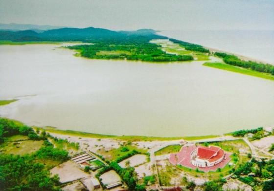 Tham vấn ý kiến Bộ VH-TT-DL đánh giá tác động 2 dự án liên quan Di tích khảo cổ văn hóa Sa Huỳnh ảnh 1
