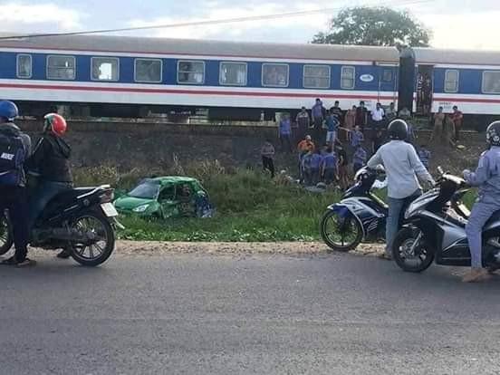 Tai nạn đường sắt khiến 5 người thương vong ảnh 1