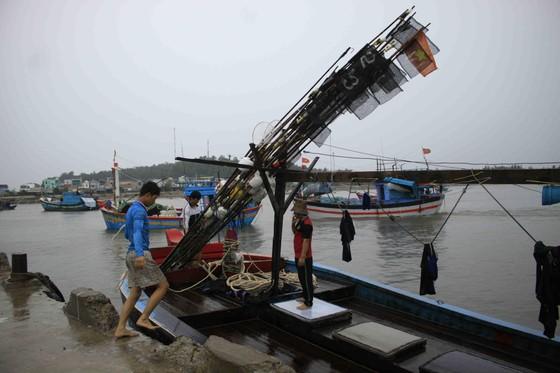 Các tỉnh miền Trung nỗ lực ứng phó bão số 4  ảnh 1
