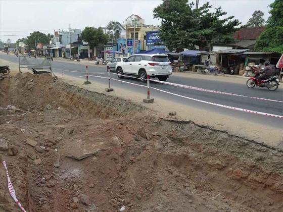 Quảng Ngãi: Dứt điểm bàn giao mặt bằng, hoàn thành thi công Quốc lộ 1A trước 31-12 ảnh 2