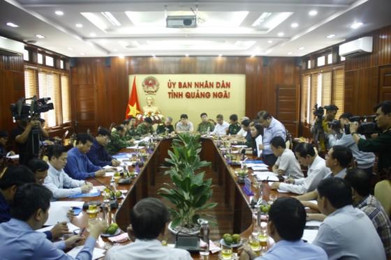 Bộ trưởng Nguyễn Xuân Cường: Phải cảnh báo trước cho người dân là cơn bão số 6 rất lớn ảnh 1