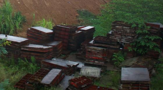 Đã quá 330 ngày chờ lún, vòng xoay Dung Quất nối cao tốc Đà Nẵng - Quảng Ngãi vẫn ngổn ngang ảnh 8