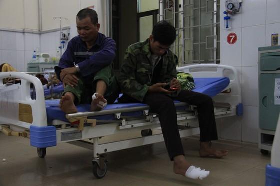 Quảng Ngãi: 11 công nhân bị điện giật, 1 người tử vong ảnh 1