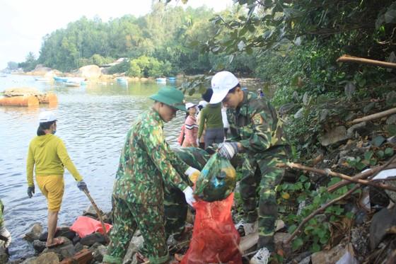 Phát động 'Tử tế với sông Trà Bồng' ảnh 5