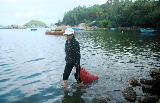 Phát động 'Tử tế với sông Trà Bồng' ảnh 8