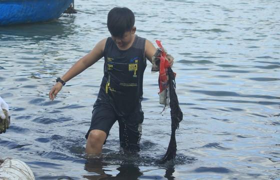 Phát động 'Tử tế với sông Trà Bồng' ảnh 9