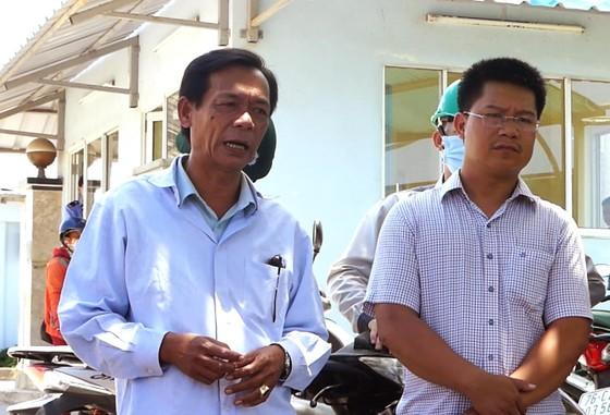 Người dân chặn cổng Nhà máy thép Hòa Phát-Dung Quất vì phải chịu đựng sống trong ô nhiễm ảnh 2