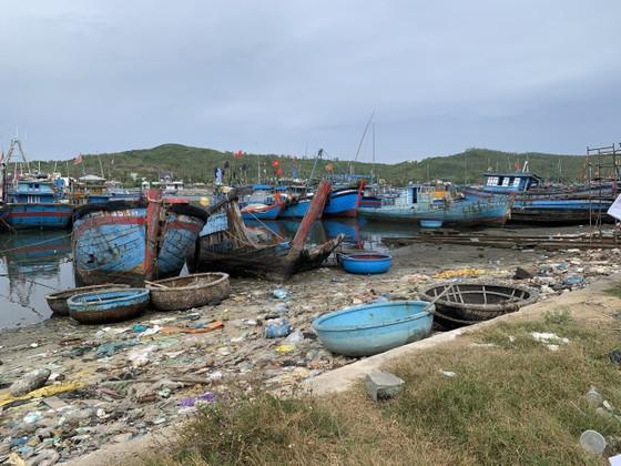 Giải pháp xử lý ô nhiễm môi trường từ xác tàu ở cảng cá Sa Huỳnh  ảnh 6