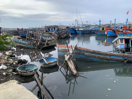 Giải pháp xử lý ô nhiễm môi trường từ xác tàu ở cảng cá Sa Huỳnh  ảnh 1