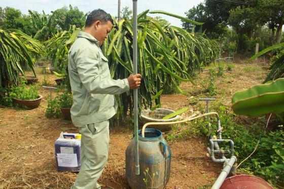Nông dân Quảng Ngãi cải tiến thành công bộ tưới nước tự động 3 trong 1 ảnh 2