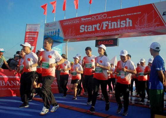Sôi động Giải vô địch quốc gia Marathon và cự ly dài Báo Tiền Phong lần thứ 61 ảnh 2