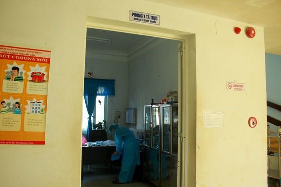 Cận cảnh Bệnh viện dã chiến ở Quảng Ngãi ảnh 8